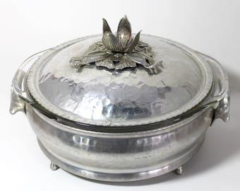 Vintage 3-Piece Rodney Kent Hammered Aluminum Dish with 1-1/2 Quart Clear Pyrex Insert