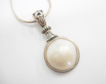 """Pearl Pendant, Pearl Necklace, Vintage Pearl Necklace, Vintage Pearl Pendant, Vintage Style, Vintage Jewelry, Silver Necklace, 18"""" #2654"""