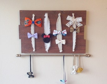 Wooden bow holder with 4 rows