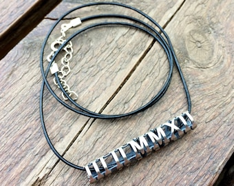 Roman Numeral Cylinder Bar Necklace in Sterling Silver Metal, Personalized Date Necklace, Roman Numeral Silver Necklace, Man Necklace