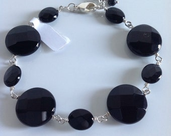 Black agate bracelet with charms finals