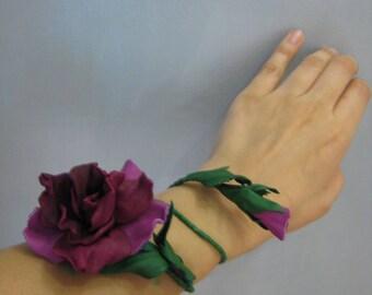 The genuine leather bracelet Fuchsia, a leather bracelet, fuchsia