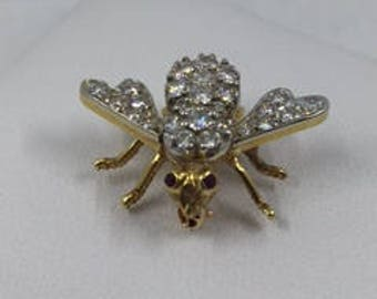 Fly pin with diamonds!!