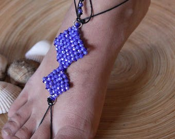 Bare sandals with squares of blue crystals