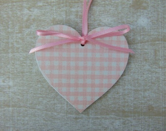 Gingham Style Pink Heart