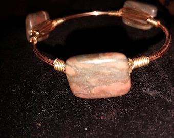 Dark Brown Tone Stone Bohemian Style Wire Gold Tone Bangle Bracelet 4.5 inches