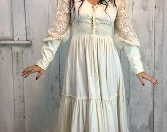 Vintage Gunne Sax Maxi Dress//Renaissance Fair Dress//Boho Wedding Dress// Vintage Prairie Dress// Cotton Maxi circa 1970's//
