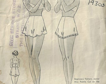 "1930s Vintage Sewing Pattern W28"" PANTIES KNICKERS (1829) By Butterick 6835"