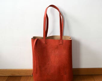 Red corkleather totebag