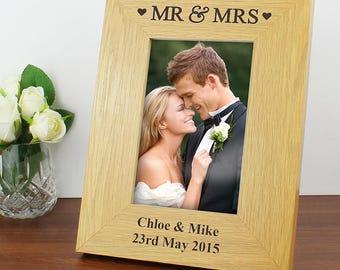 Personalised Oak Finish 6x4 Mr & Mrs Photo Frame