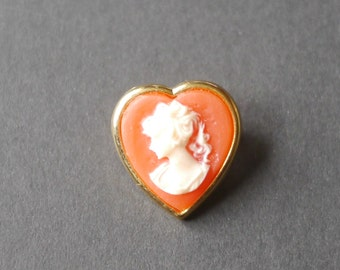 Tiny vintage heart shaped faux cameo brooch