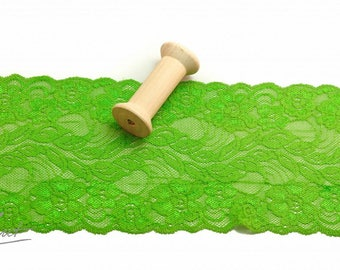 Lace Ribbon - grass green - 150 mm - elastic