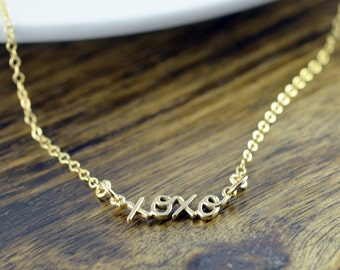script name necklace, xoxo necklace, gold script necklace, xoxo jewelry, bridesmaid jewelry, valentines day, gift idea, gift for wife