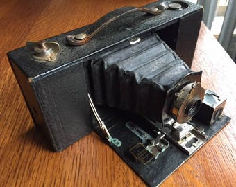 Antique 1910 Kodak Eastman 2A Folding Brownie Camera
