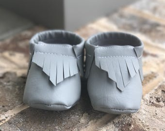 Gray Baby Moccasins, Leather, Baby Leather Shoes, Baby Mocs, Crib shoes