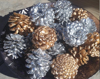 Gold/Silver Pine Cones for Decorating - Wedding - Christmas Decoration