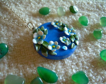 Necklace with pendant effect lapis lazuli