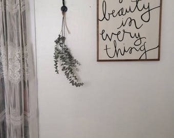 She Saw Beauty in Everything SIGN
