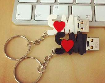 In Love – USB Flash Drive With Initials - 3D printed
