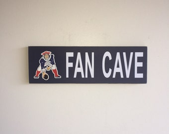 New England Patriots Fan Cave Wood Sign / New England Patriots Wood Sign / New England Patriots Fan Sign / New England Patriots Decor