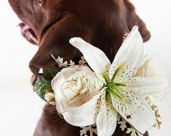 LILY- Wedding Dog Collar, Dog Flower Crown, Flower Dog Collar, Lily Flowers, Wedding Lillies, Dog Flower Collar, Boho Wedding, Beach Wedding