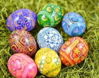 8 wooden eggs-Pysanky-Easter egg -.