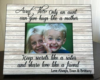 Aunt personalized picture frame // gift for aunt from niece or nephew // only an aunt can give hugs like a mother