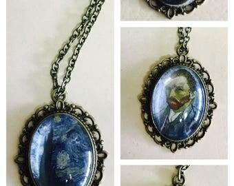 Classic art pendant necklace