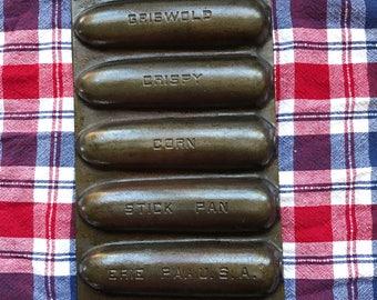 Vintage Griswold Cast Iron Crispy Corn Stick Pan