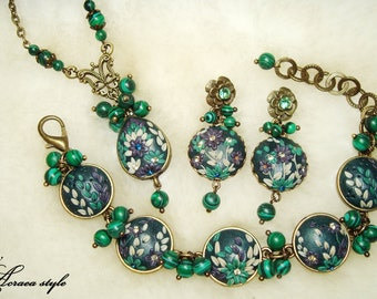 jewelry set / bracelet / earrings / pendant / polymer clay / malachite natural / flowers / crystals / green / white / filigree / beads