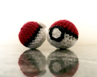 Crochet Pokeballs