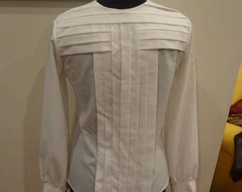 1970s White Pleated Blouse with Button Down Back