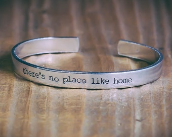 There's No Place Like Home / The Wizard Of Oz Jewelry / The Wizard Of Oz Bracelet / Family Jewelry / Literary Gift / Literary Jewelry