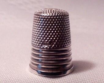 Vintage Gabler 800 silver Thimble