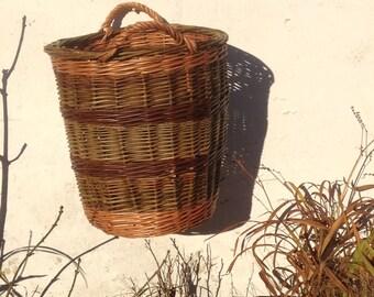 Willow log basket