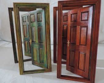 "2 doors ""old"" 1:12 scale with several color layers or mahogany"