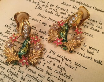 SALE! Gorgeous colourful vintage signed Bob Mackie cockatoo clip-on earrings (A137)