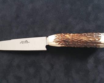 Berijero knife handle completely handmade from deer antler arranged in different positions