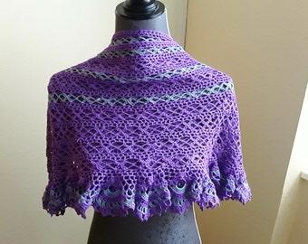 Crochet scarf, plum s color! Schick!