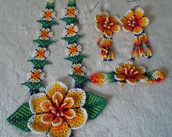Mexican Huichol Beaded Necklace set