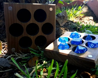 Magnetic Dice Container