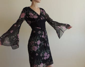 FREE SHIPPING - Vintage Black floral mini dress with side slits, belt and backside zipper, asymmetric sleeve, size S