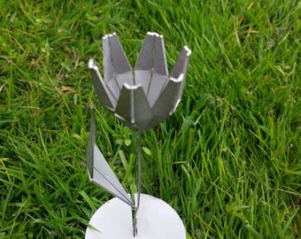 A laser cutted stainless steel flower -tulip