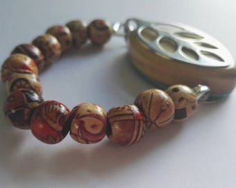 Bellabeat bracelet Elasticated bracelet with painted wooden beads to wear with Bellabeat Leaf