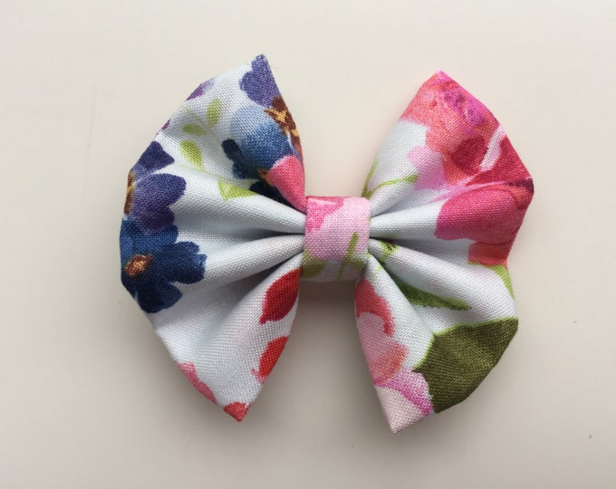 Floral fabric hair bow or bow tie