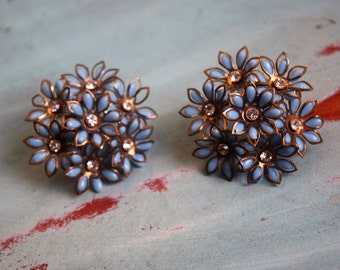 Retro Vintage Earrings Floral Blue Daisies Plastic Rhinestone and Metal Clip-on 1950s