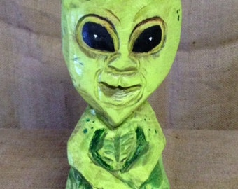 Chainsaw Carved Alien