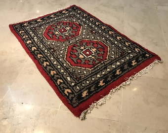 ARTICLE # 5028 Traditional Hand Woven Bokhara Oriental Rug Wool Carpet 67 x 98 cm