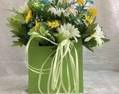 Daisy Assortment floral arrangement Spring // Summer // Ladies Gift // Silk Flowers // Centerpiece // Desk Size // Silk //  Small