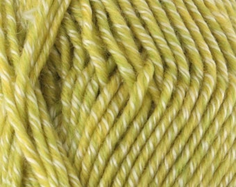 Chunky Melody Limeaide Heather Green Yellow Wool Blend Yarn Bulky 100g/skein